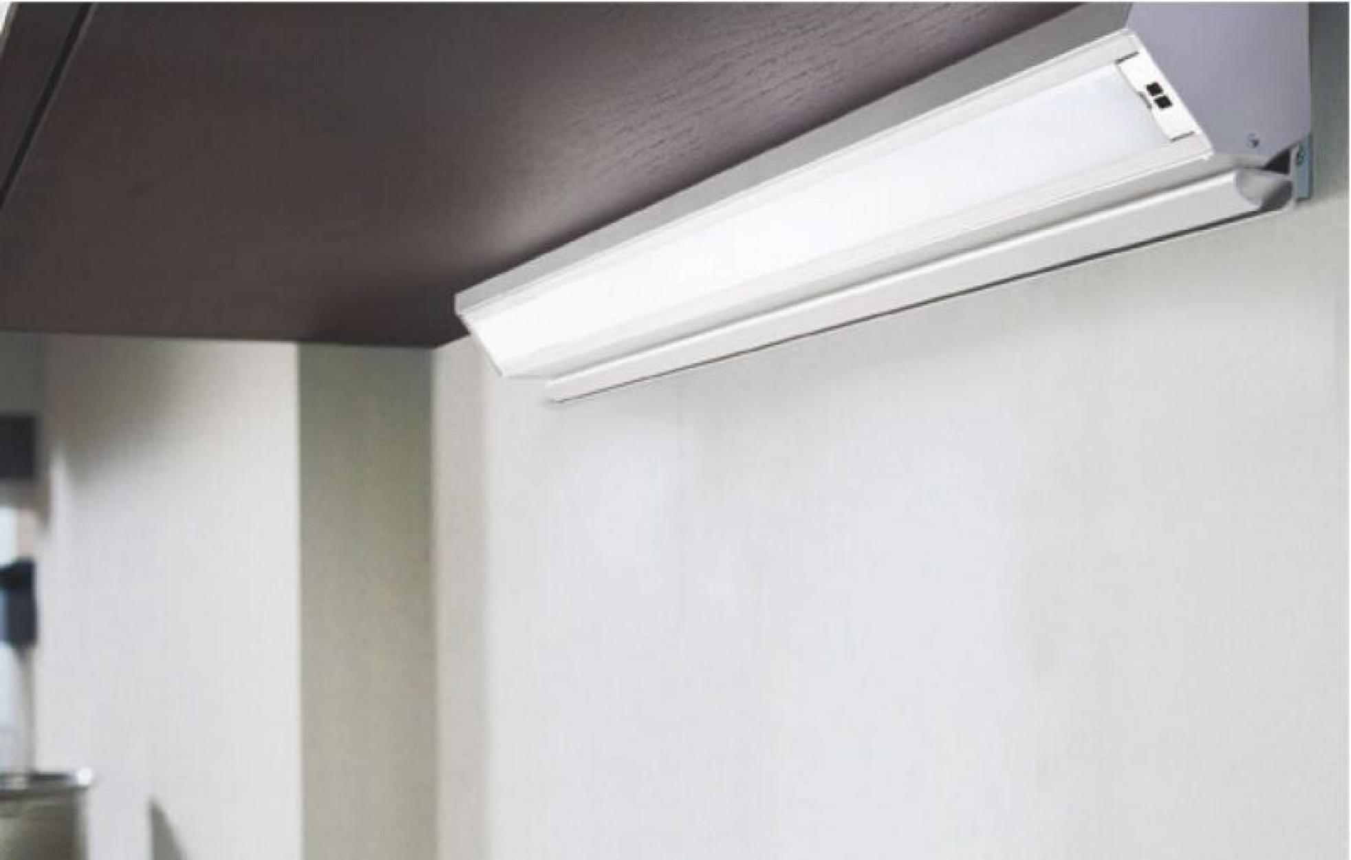 Светильник Corner светодиодный с розеткой для модуля 450mm 220-240V 4.5W 3000K (Теплый свет) 39LEDs, анодированный алюминий